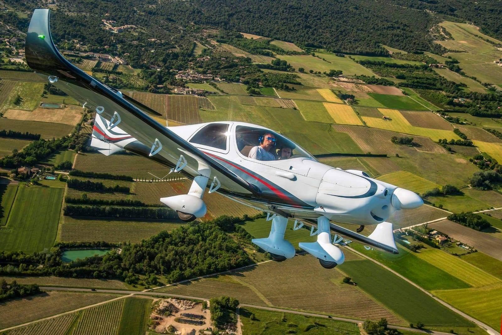 Modele 4S EVOLUTION |MCR Evolution - SE Aviation Aircraft | La référence mondiale en MCR