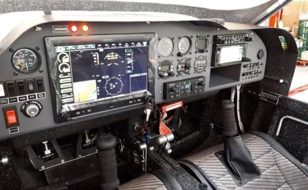 Avion MCR   MCR M