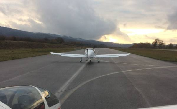 Avion MCR   MCR R100