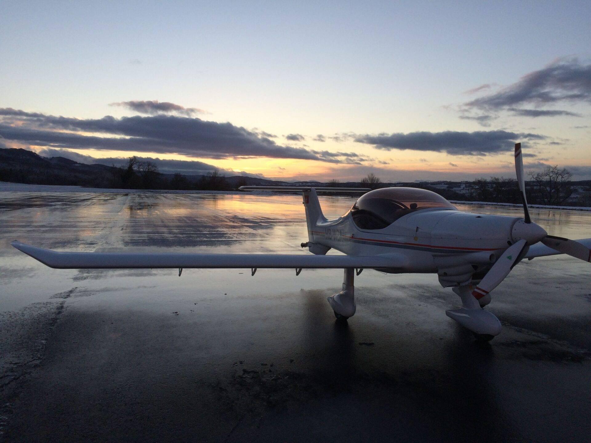 Modele MCR R100  MCR Evolution - SE Aviation Aircraft   La référence mondiale en MCR